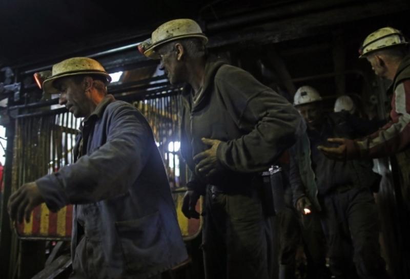 Tuzla: 2000 rudara stupilo u generalni štrajk