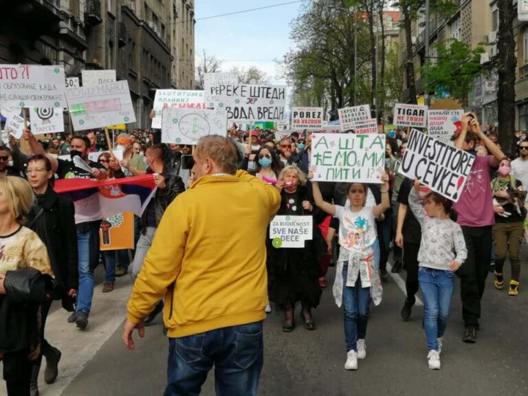 Ekološki ustanak: 10.000 građana na protestu protiv uništavanje životne sredine